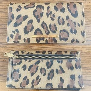 Ralph Lauren Womens Leopard Bifold Wallet